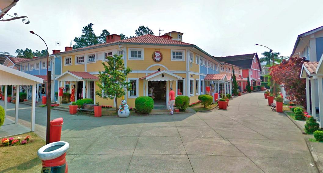 Essa é a famosa casa do Papai Noel em Penedo